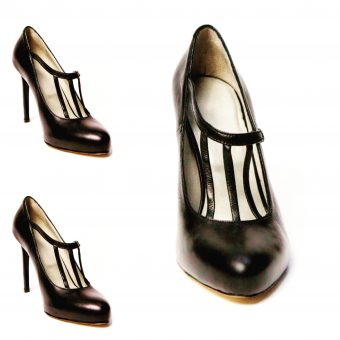 Shoe model of shoe brand Varadi